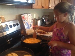 Cheesy Egg Maker Extraordinaire!
